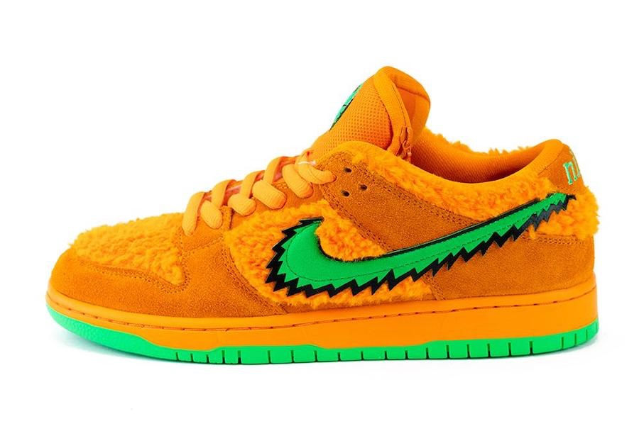 Versione Arancione Nike SB Dunk Low Grateful Dead